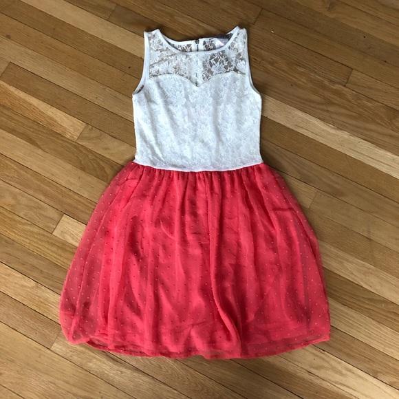Myan Dresses & Skirts - Sleeveless party dress